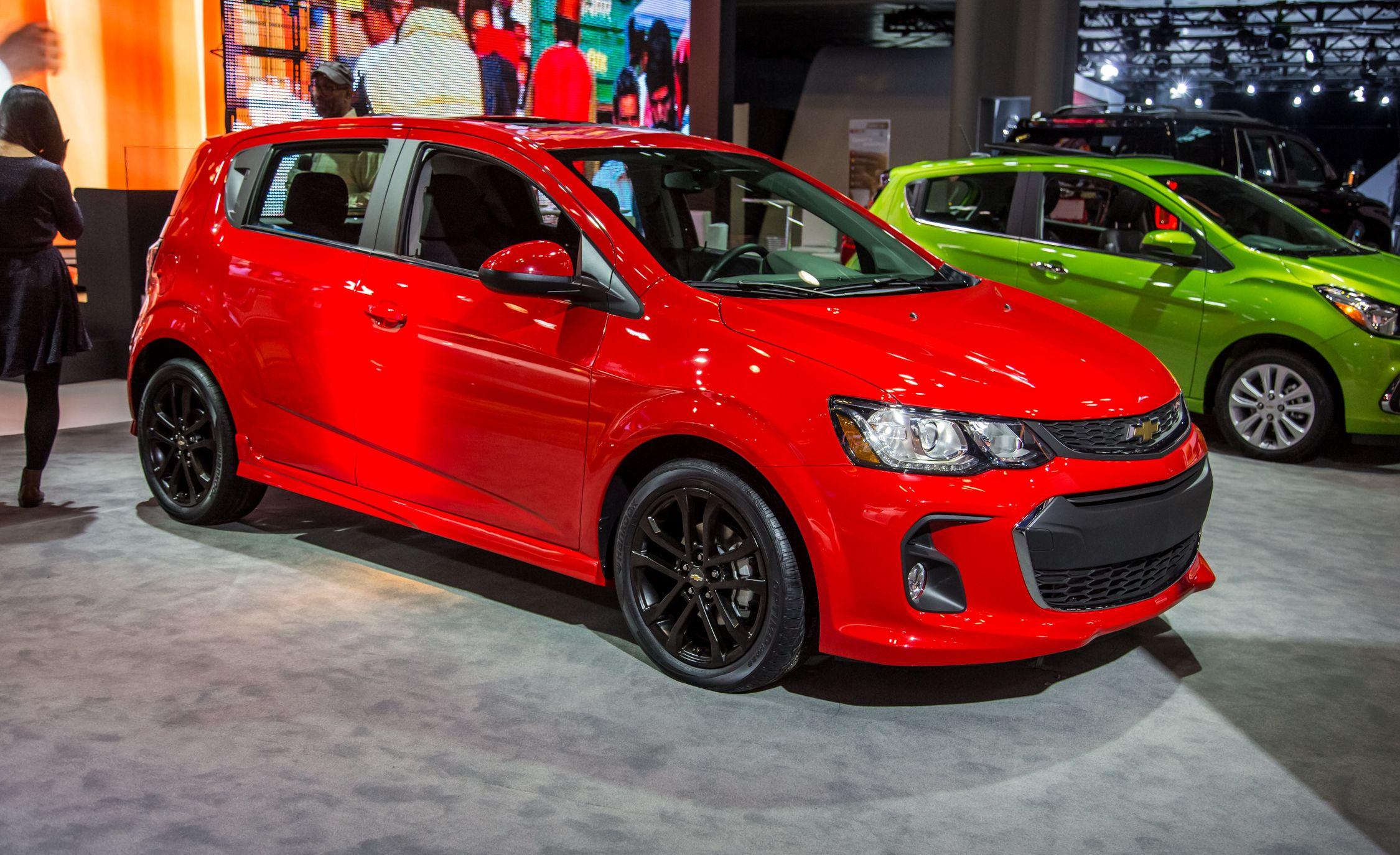 2017 Chevrolet Sonic: Fresh Looks, New Tech
