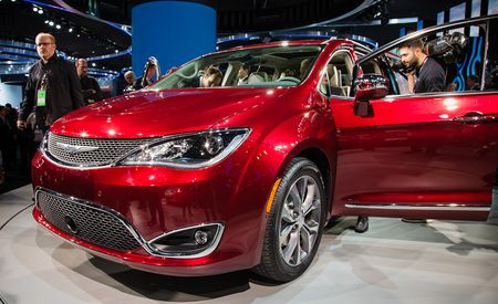 2017 Chrysler Pacifica: Meet the New Town & Country