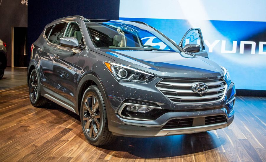 2017 Hyundai Santa Fe Sport Debuts, Has More Electronic Stuff!