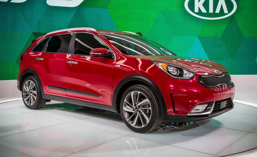 2017 kia niro hybrid photos and info news car and driver. Black Bedroom Furniture Sets. Home Design Ideas