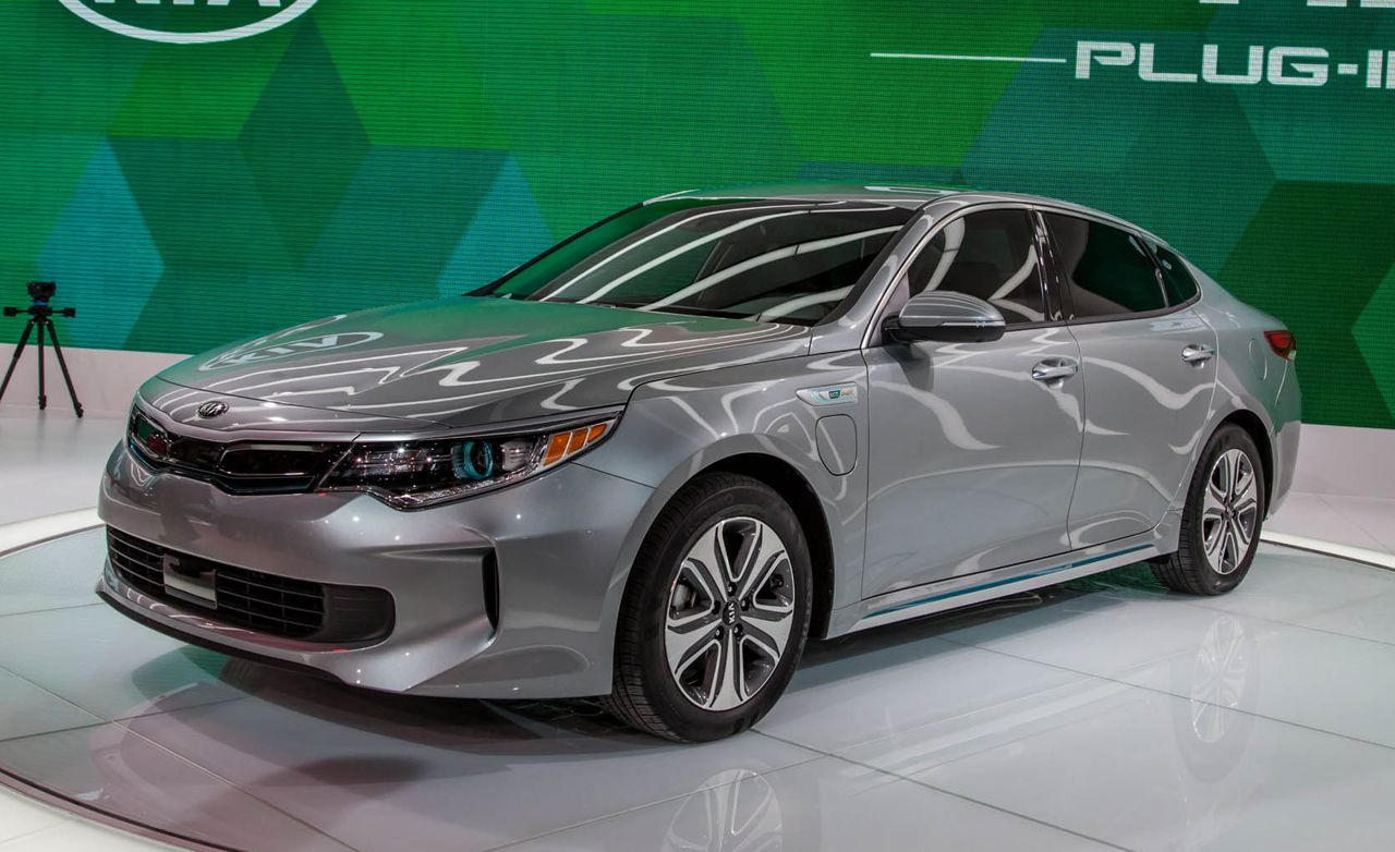 2017 Kia Optima Hybrid / Plug-in Hybrid Photos and Info | News | Car and Driver