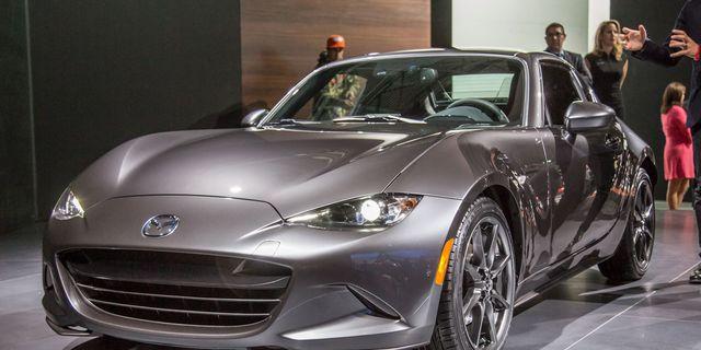 2017 Mazda Mx 5 Miata Retractable Fastback Photos And Info 8211 News Car Driver