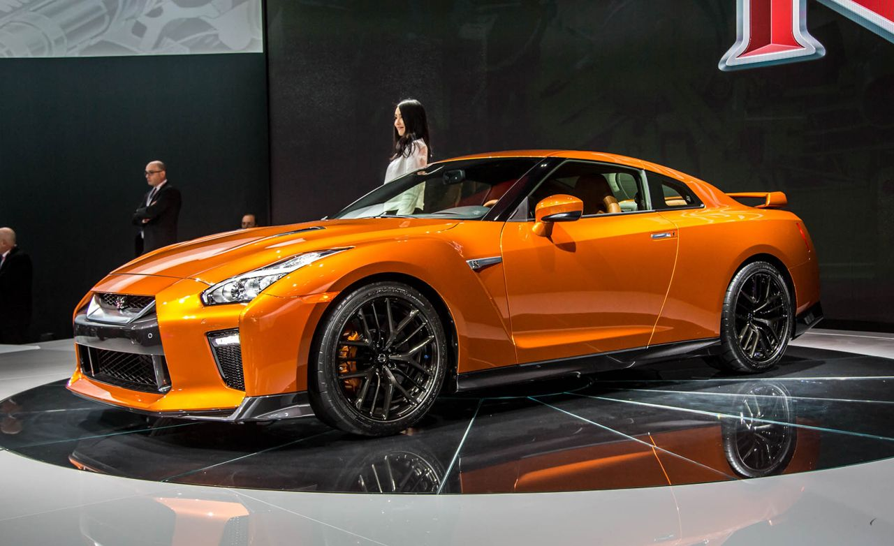 2017 Nissan Gt R Gets More Power News Car And Driver