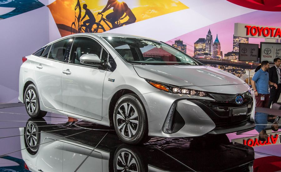 2017 toyota prius prime plug in hybrid photos and info news car and driver. Black Bedroom Furniture Sets. Home Design Ideas