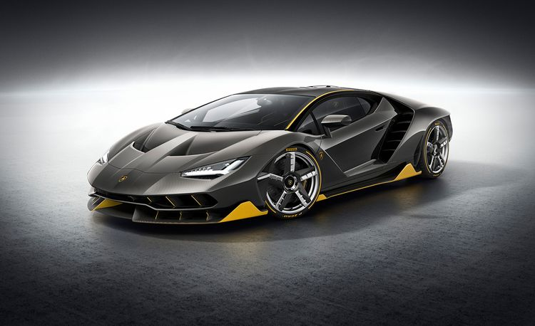 2017 Lamborghini Centenario Dissected: Powertrain, Design, and More