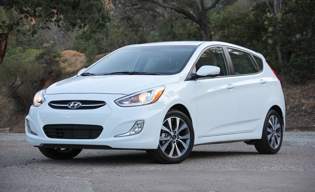 Hyundai accent reviews hyundai accent price photos and specs hyundai accent reviews hyundai accent price photos and specs car and driver biocorpaavc Images