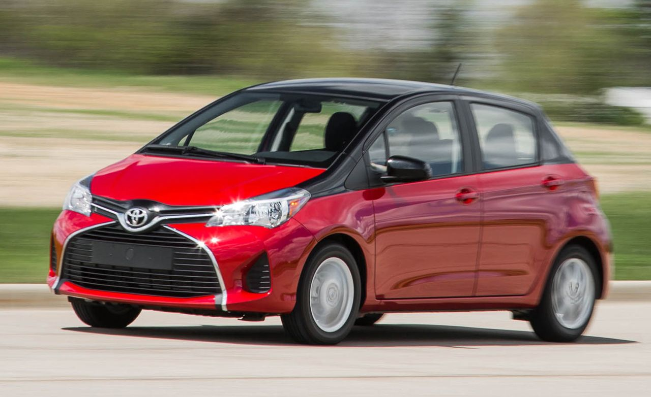 toyota yaris reviews toyota yaris price photos and specs car and driver. Black Bedroom Furniture Sets. Home Design Ideas