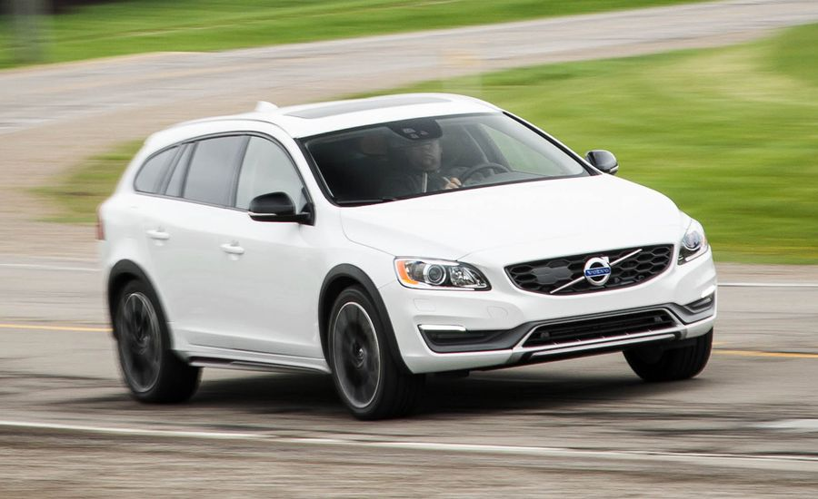 2016 volvo v60 cross country t5 awd test review car and driver. Black Bedroom Furniture Sets. Home Design Ideas