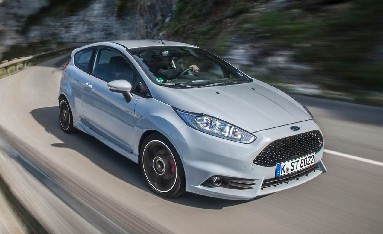 Ford Focus Rs Review Car And Driver