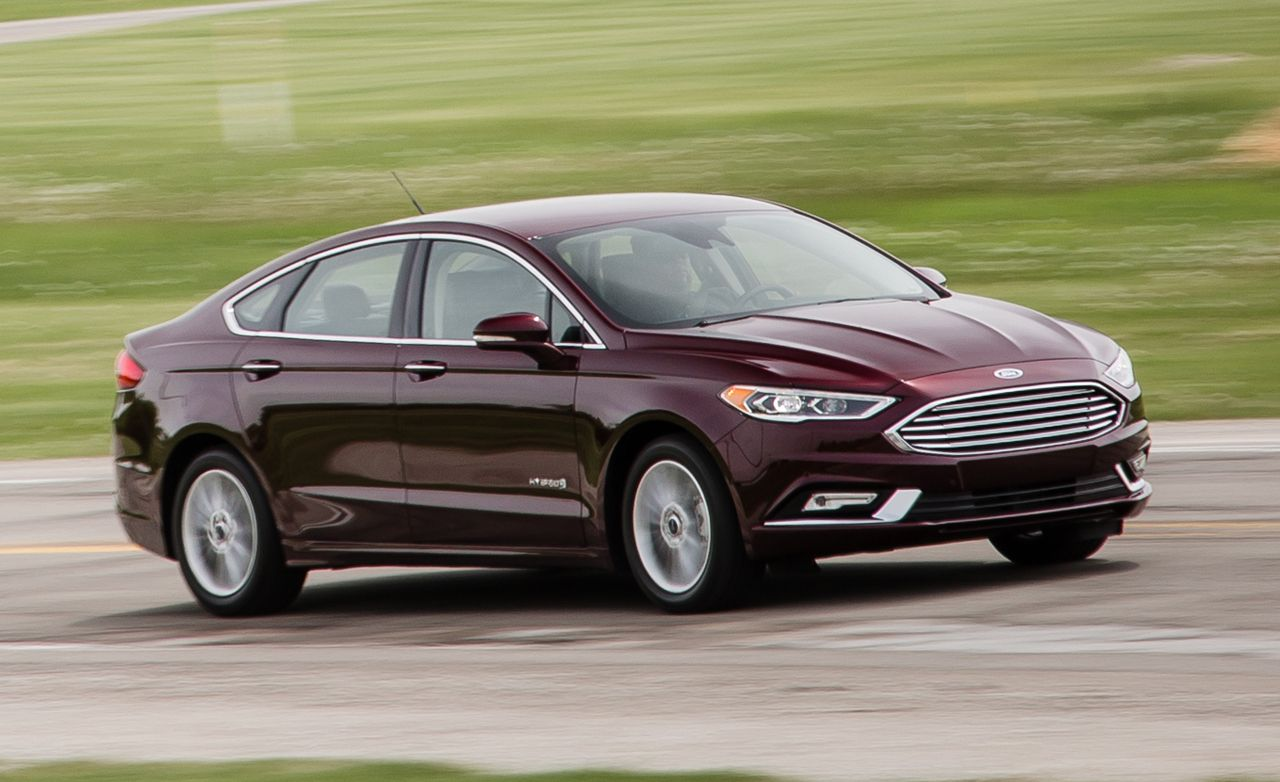 2017 Ford Fusion Hybrid First Drive 8211 Review Car And Driver