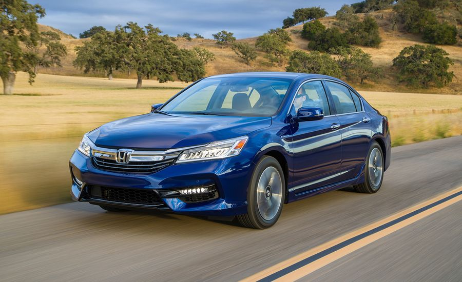 Honda Accord Hybrid First Drive Review Car And Driver - 2017 honda accord hybrid invoice price
