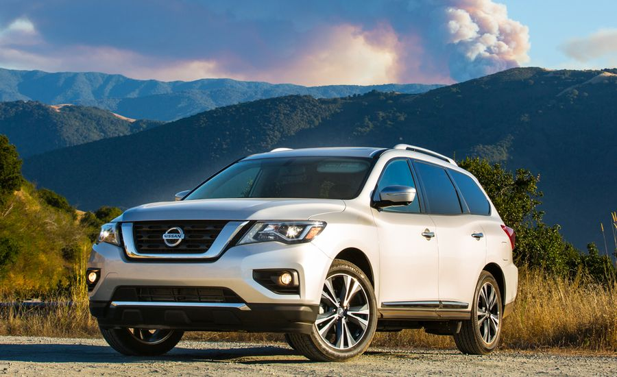 2017 nissan pathfinder first drive review car and driver. Black Bedroom Furniture Sets. Home Design Ideas