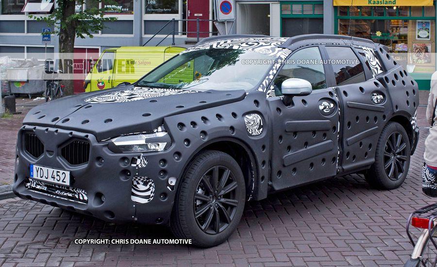 2018 Volvo XC60 Spied, Looks Plasticky