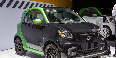 If There Is One Car That S Ideal For Electrification It The Smart Fortwo Tiny Two Seat City Runabout Has Recently Introduced A Much Improved