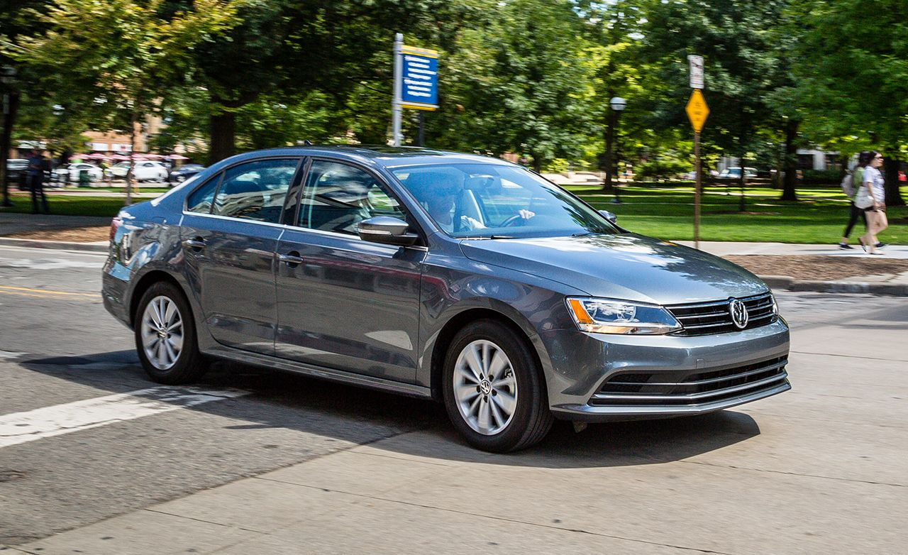 2016 Volkswagen Jetta Review Reviews Car And Driver