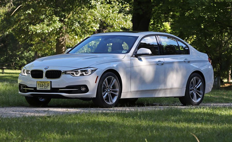 Bmw  Series Review Car And Driver