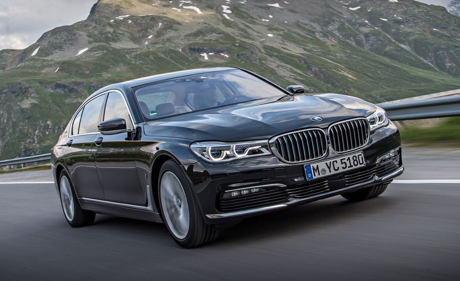2017 BMW 740e XDrive Plug In Hybrid