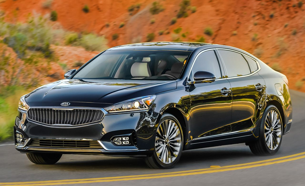 2017 kia cadenza first drive review car and driver. Black Bedroom Furniture Sets. Home Design Ideas