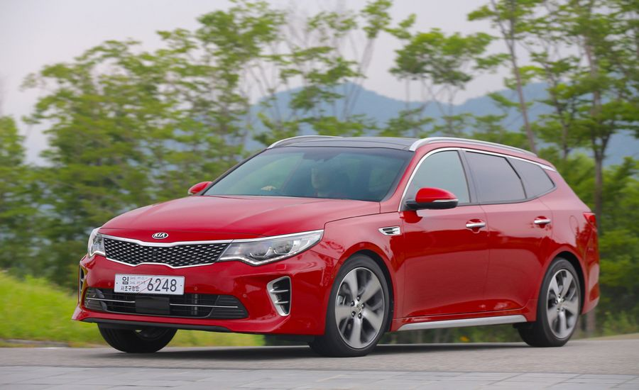 2017 kia optima sportswagon first drive review car and driver. Black Bedroom Furniture Sets. Home Design Ideas