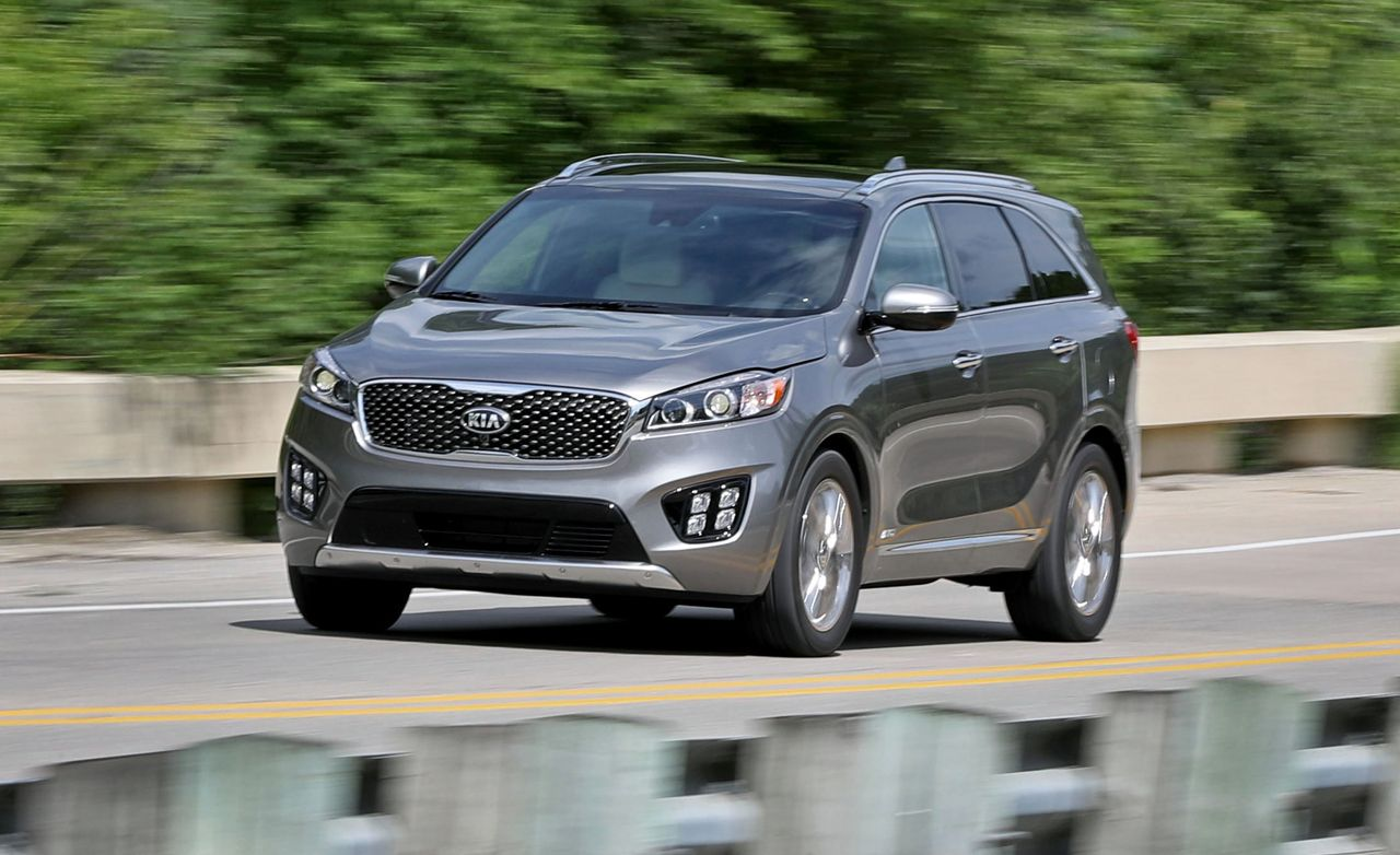 kia sorento reviews kia sorento price photos and specs car and driver. Black Bedroom Furniture Sets. Home Design Ideas