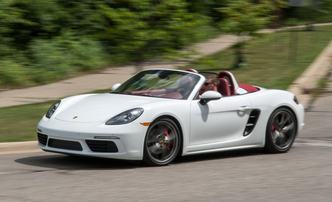 Porsche 718 Boxster Reviews | Porsche 718 Boxster Price, Photos, and Specs  | Car and Driver