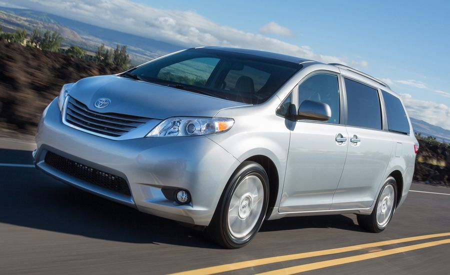 2017 Toyota Sienna First Drive Review Car And Driver