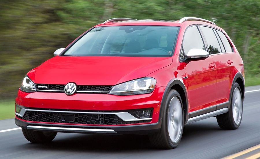 2017 volkswagen golf alltrack first drive review car and driver. Black Bedroom Furniture Sets. Home Design Ideas