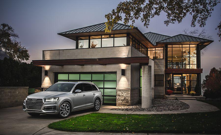 Best MidSize Luxury SUV Audi Q7  2017 10Best Trucks and SUVs