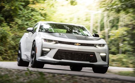 2017 10Best Cars: Chevrolet Camaro
