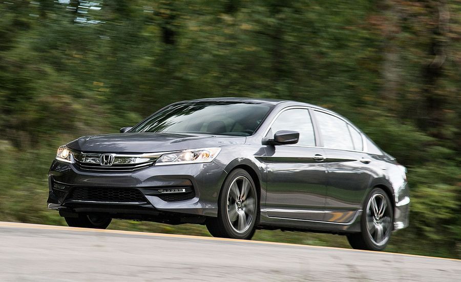 2017 10Best Cars: Honda Accord