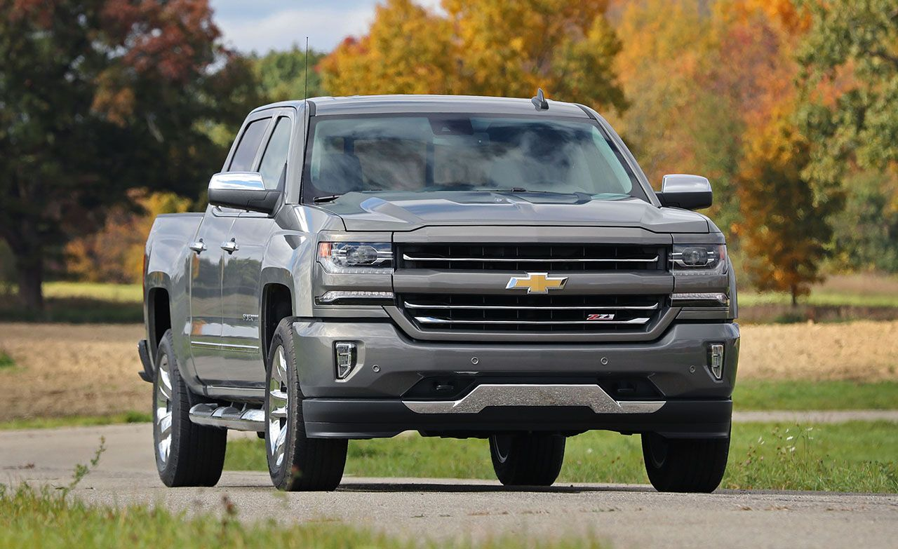 2018 Chevy Silverado Z71 >> 2017 Chevrolet Silverado 1500 Review Car And Driver
