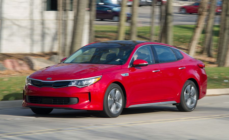 2017 kia optima hybrid tested review car and driver. Black Bedroom Furniture Sets. Home Design Ideas