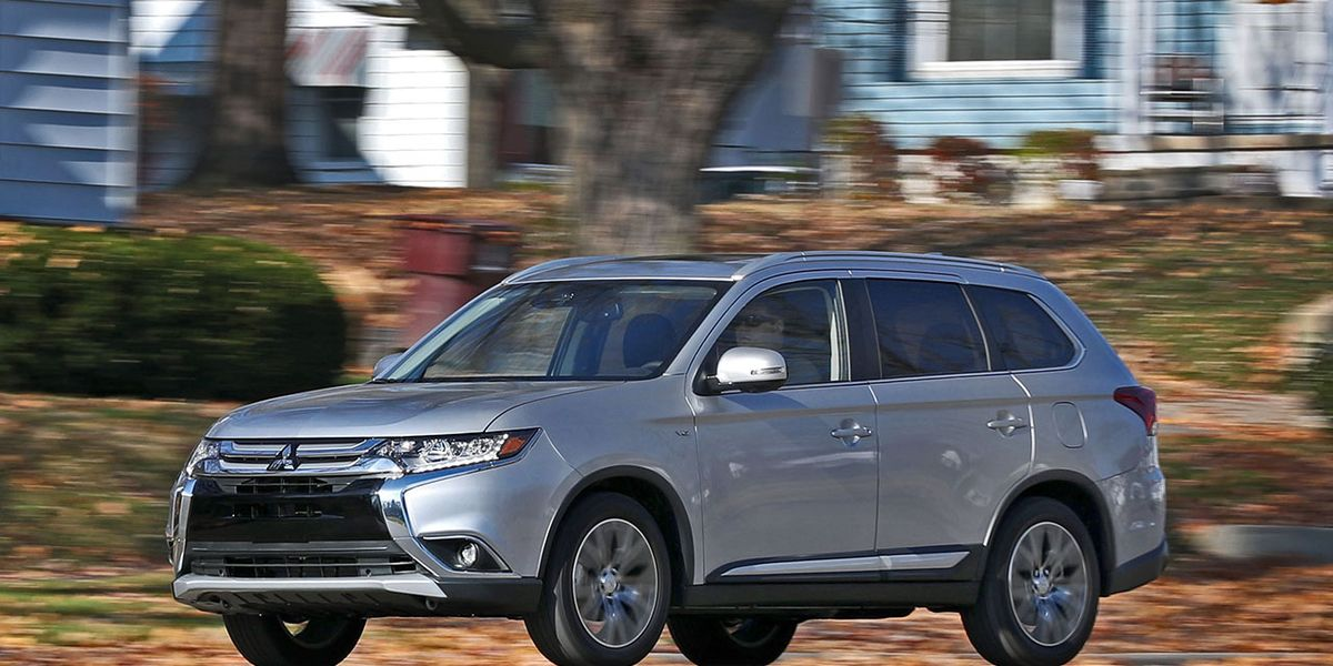 2017 Mitsubishi Outlander Gt V 6 Awd Test 8211 Review Car And Driver