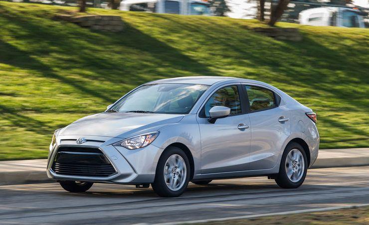 2017 Toyota Yaris iA Manual