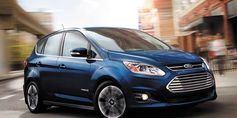 While Ford S Modest Updates To The 2017 C Max Hybrid And Energi Plug In Don T Pertain Multipurpose Vehicles Trains