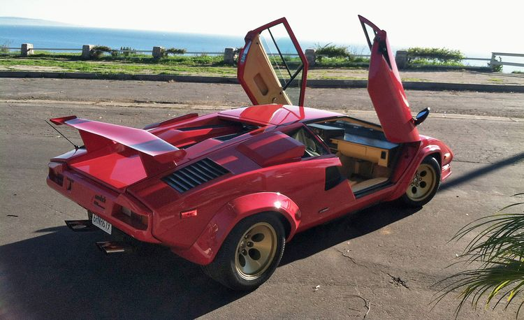 In a Lamborghini Countach, Downshifting Is Like Playing Footsie with a Manatee