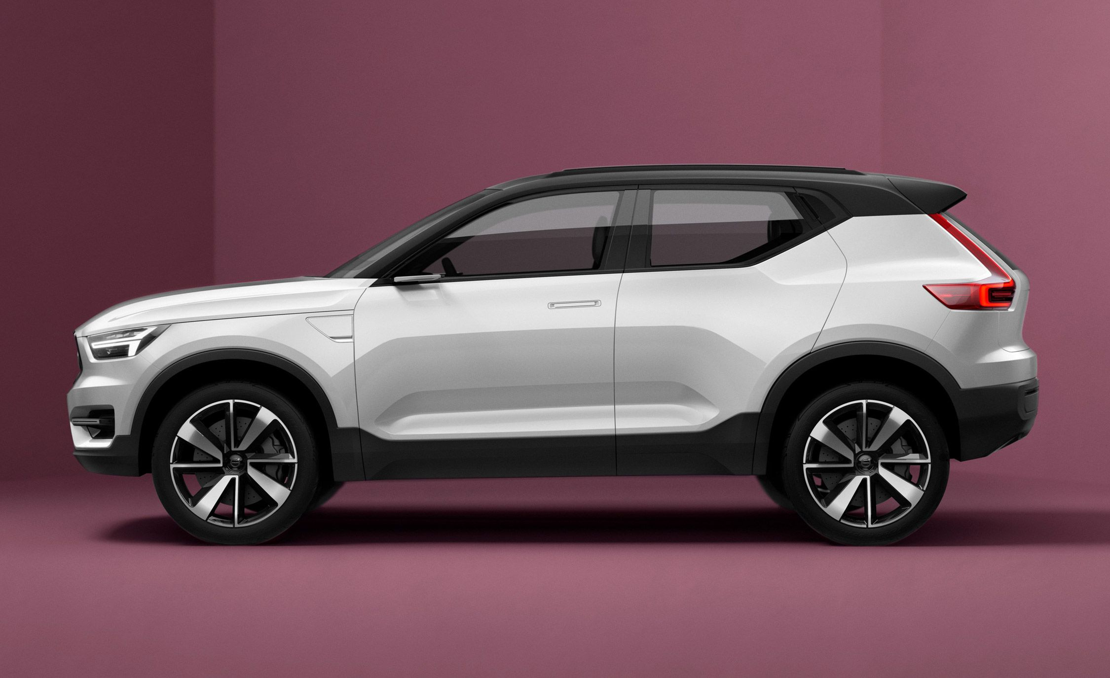 Volvo XC40 / S40 / V40: Brace Yourself, Swedish Compacts Are Coming (Again)
