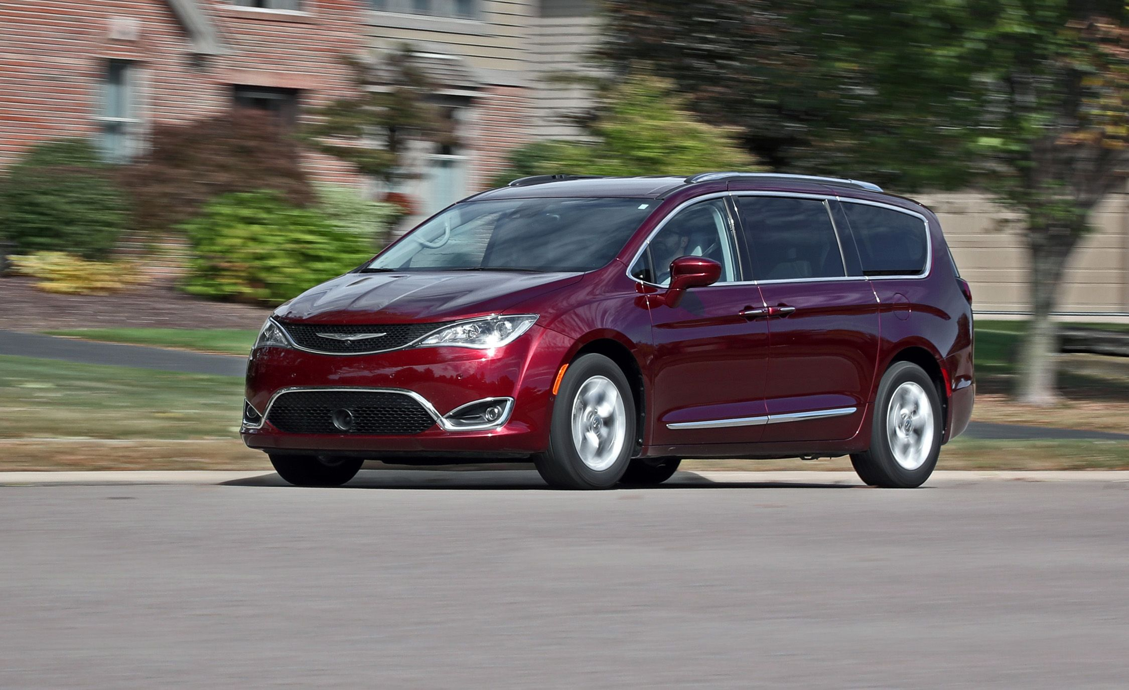 2017 chrysler pacifica long term test update review car and driver. Cars Review. Best American Auto & Cars Review
