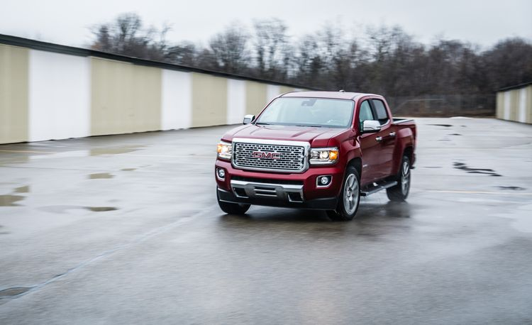 2017 GMC Canyon V-6 8-Speed Automatic 4x4 Crew Cab