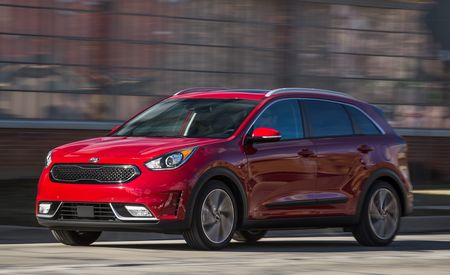 kia niro reviews kia niro price photos and specs car. Black Bedroom Furniture Sets. Home Design Ideas
