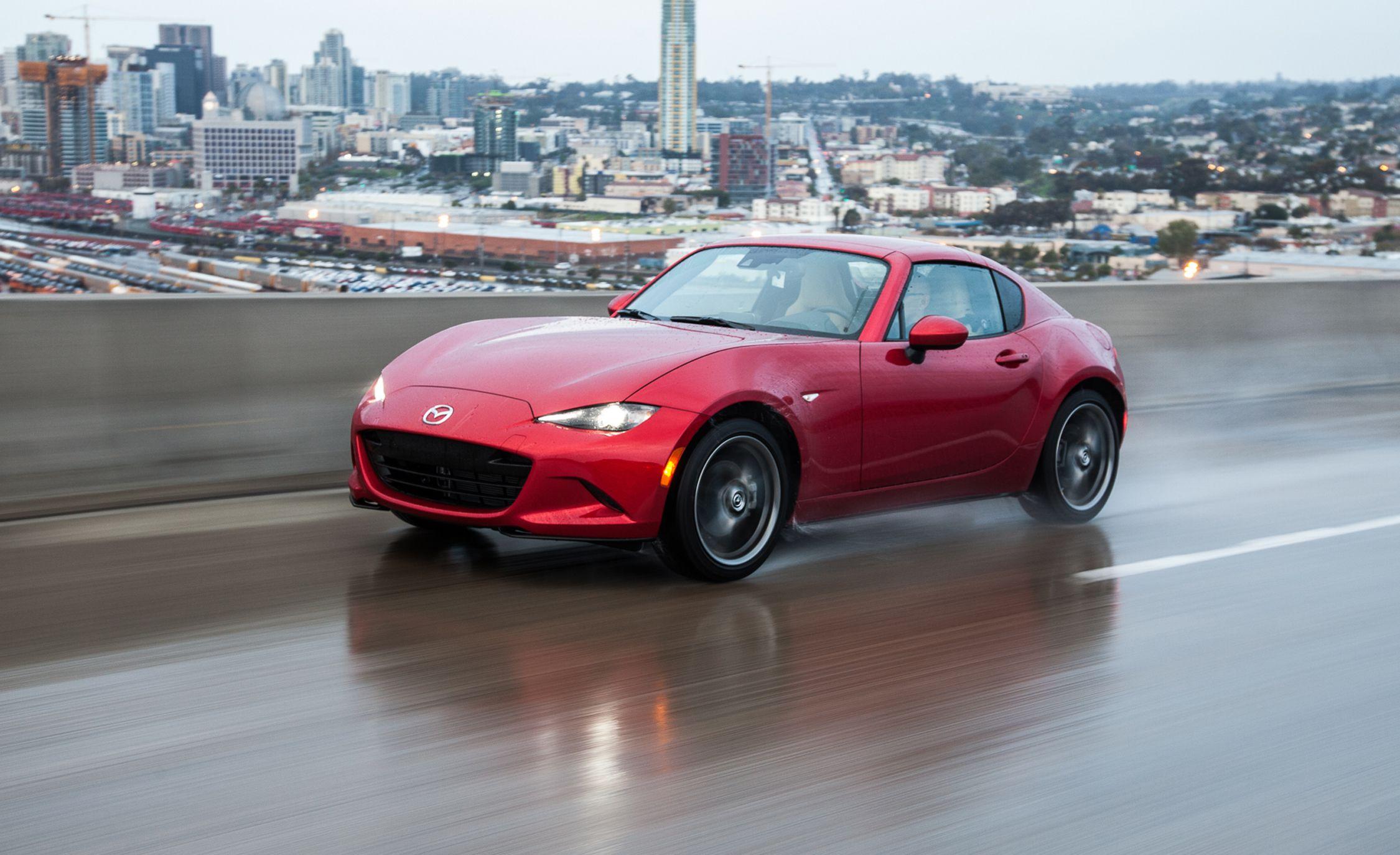 Mazda Mx 5 Rf >> 2017 Mazda Mx 5 Miata Rf First Drive Review Car And Driver