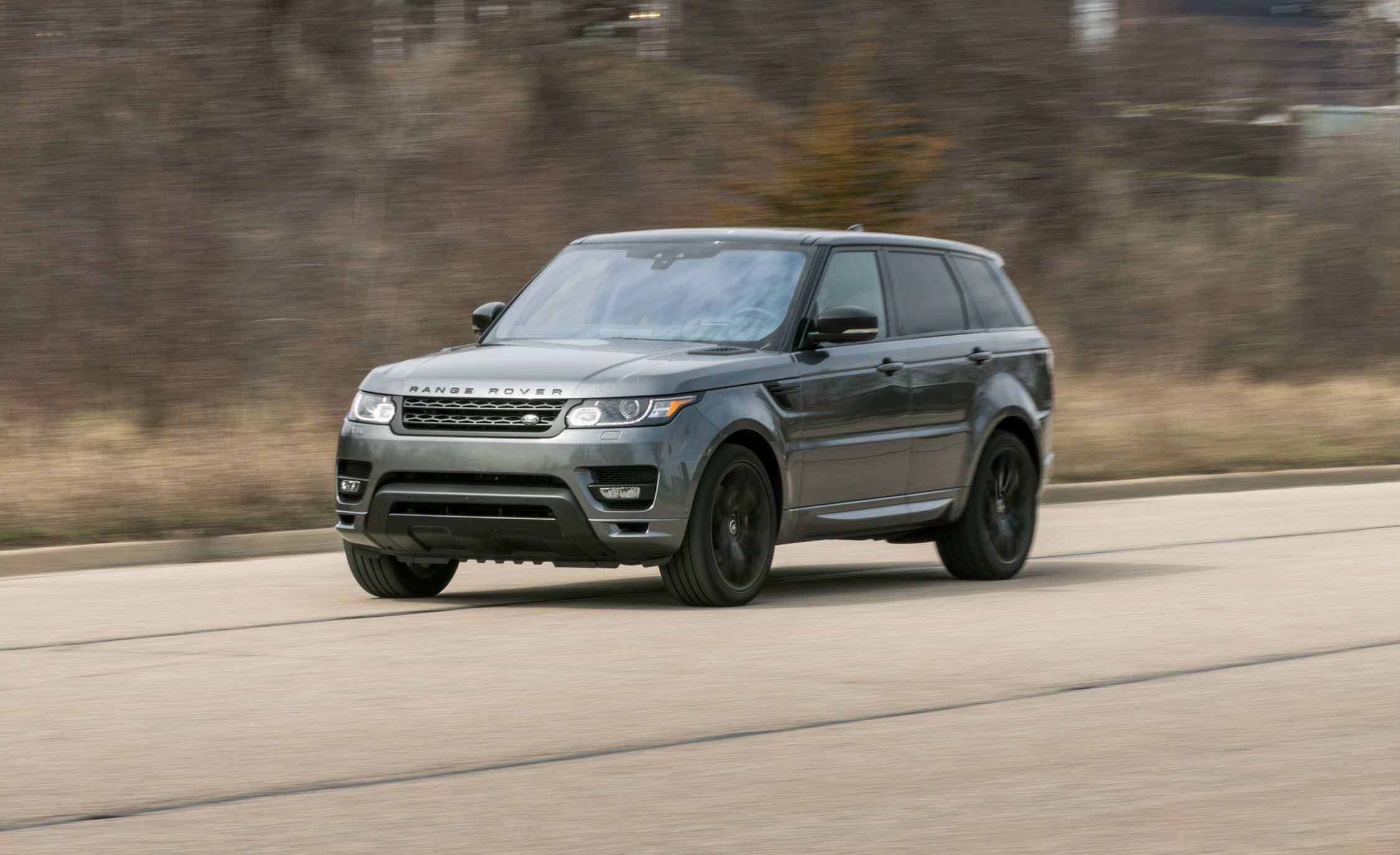 2019 land rover range rover sport supercharged svr reviews land rover range rover sport. Black Bedroom Furniture Sets. Home Design Ideas