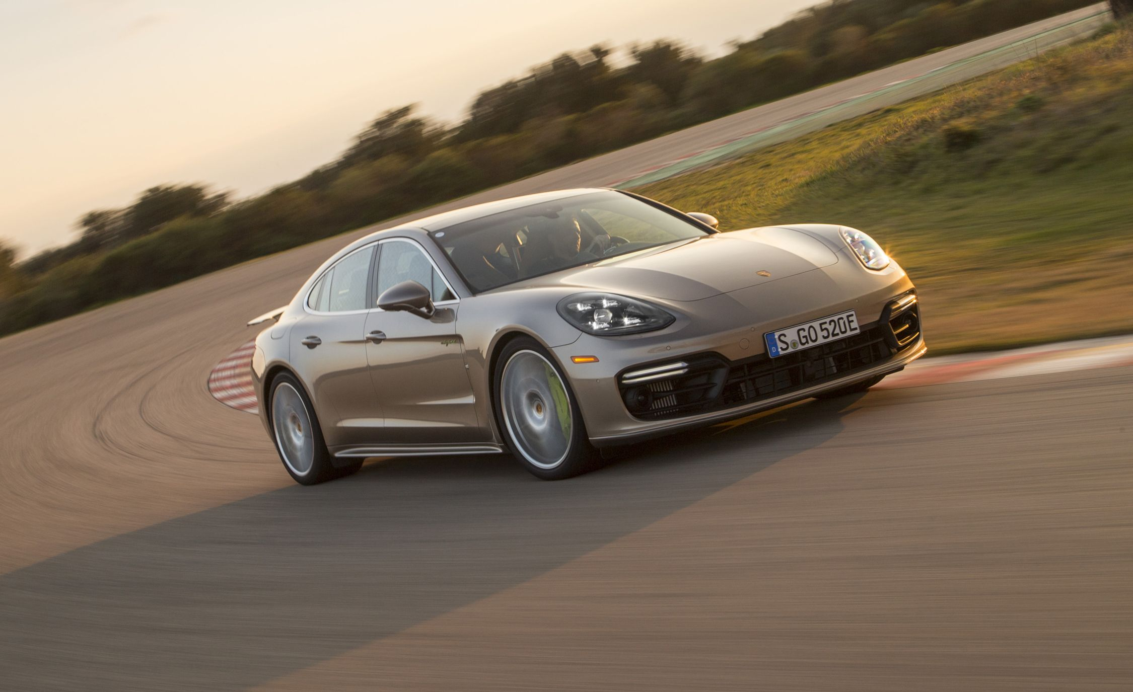 2018 Porsche Panamera Turbo S E Hybrid First Ride Review Car And Driver