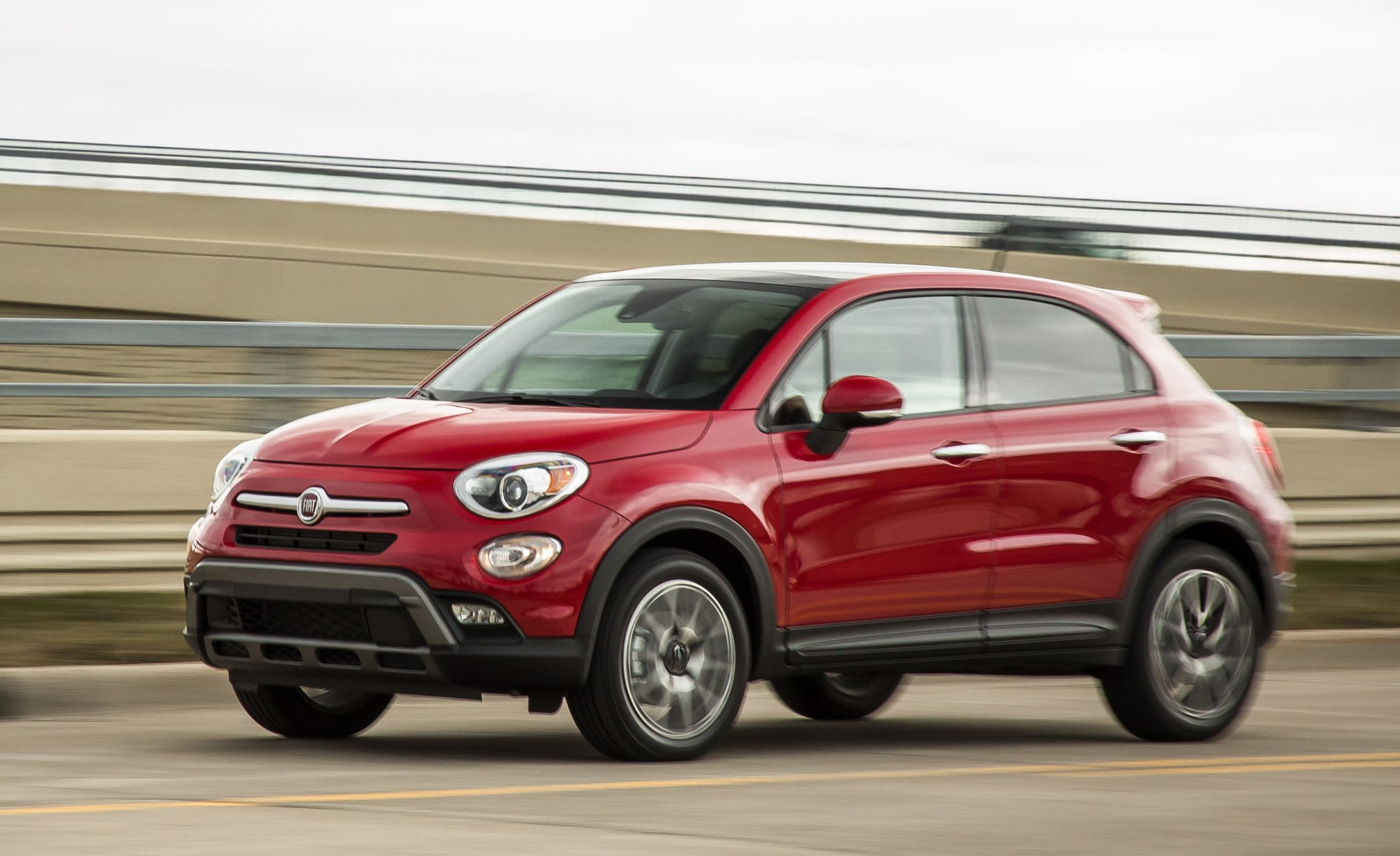 2017 fiat 500x review car and driver. Black Bedroom Furniture Sets. Home Design Ideas