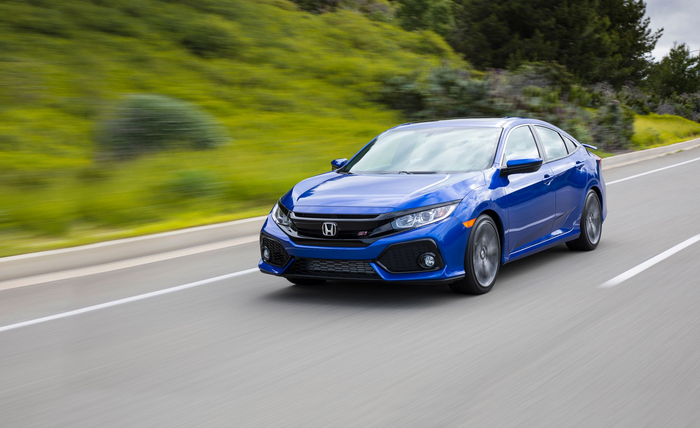 2017 Honda Civic Si First Drive Review Car And Driver