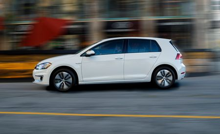 2017 Volkswagen e-Golf EV