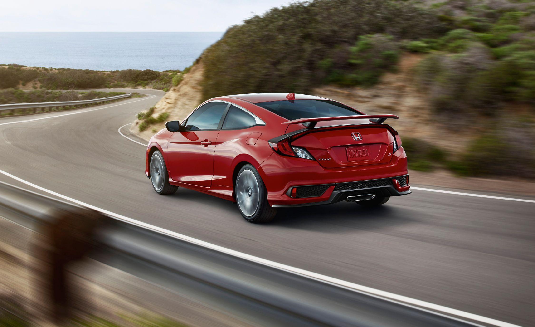 2017 Honda Civic Si Sedan and Coupe Arrive with Fresh Turbocharged Engine