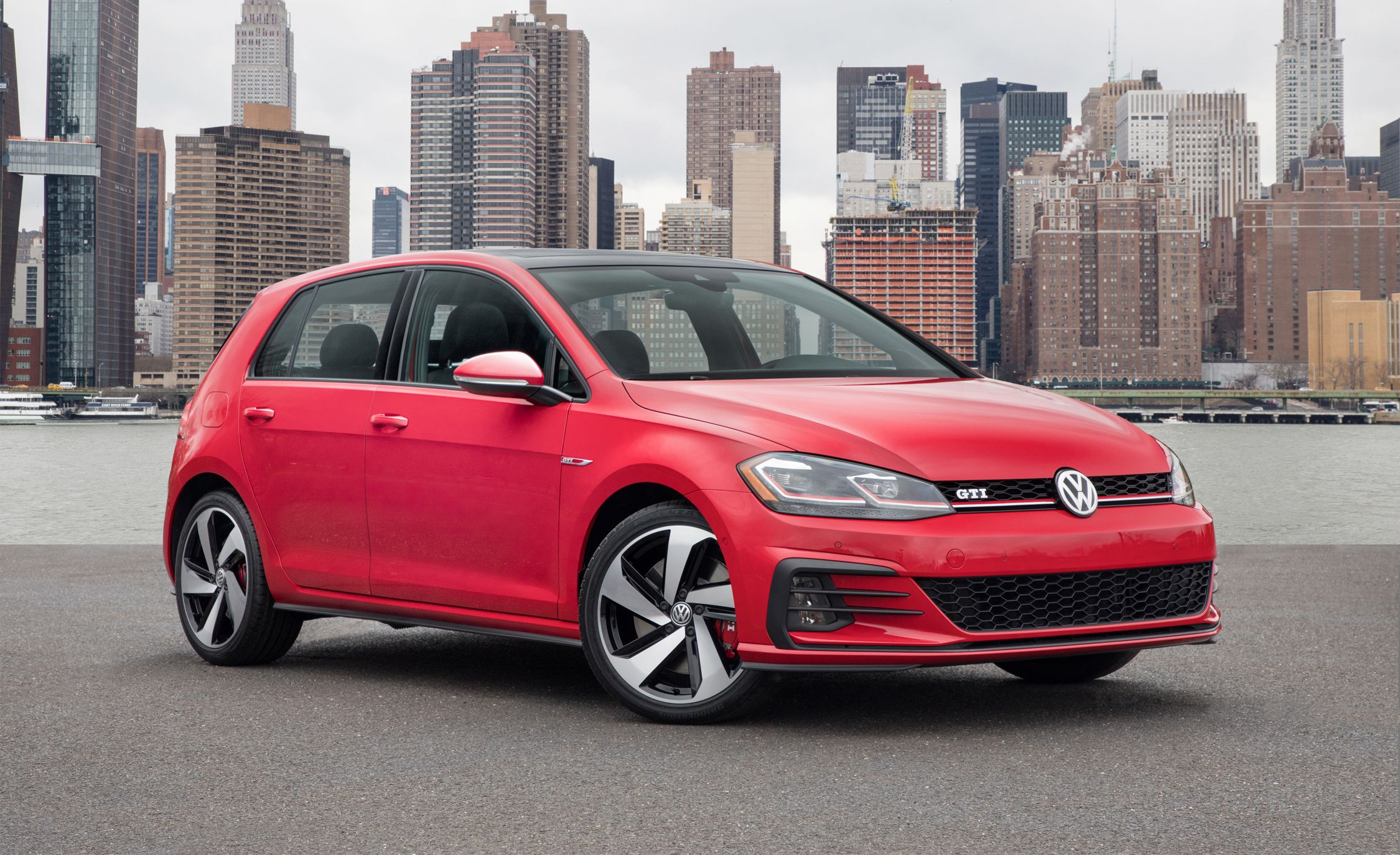 2018 Volkswagen Golf Gti And Golf R Photos And Info News Car