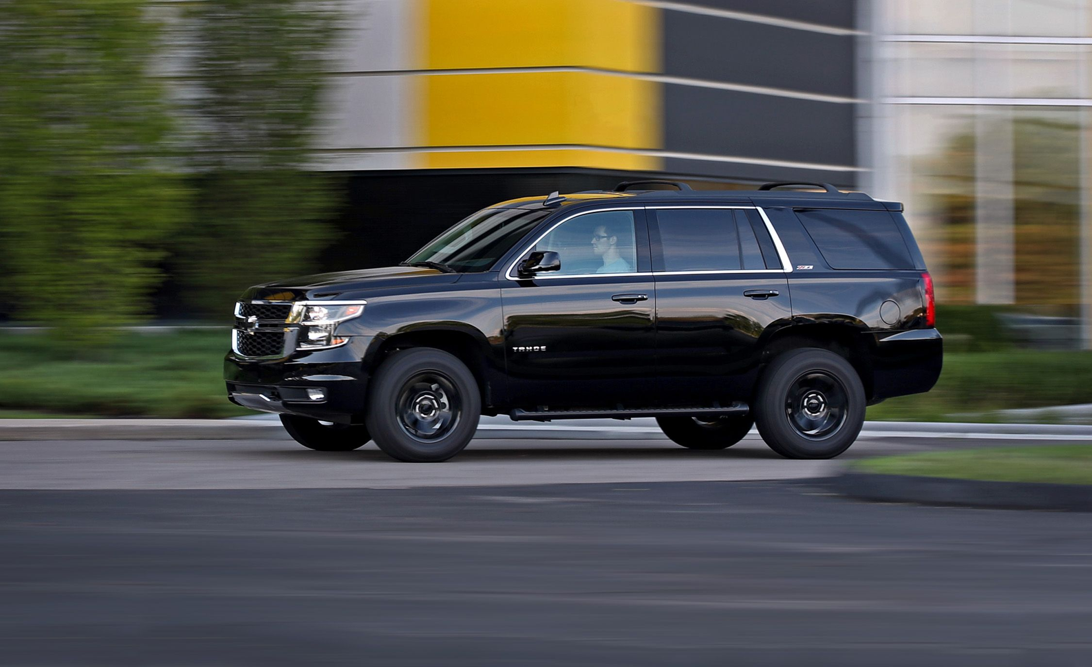 2017 Chevrolet Tahoe Z71 4wd Test Review Car And Driver