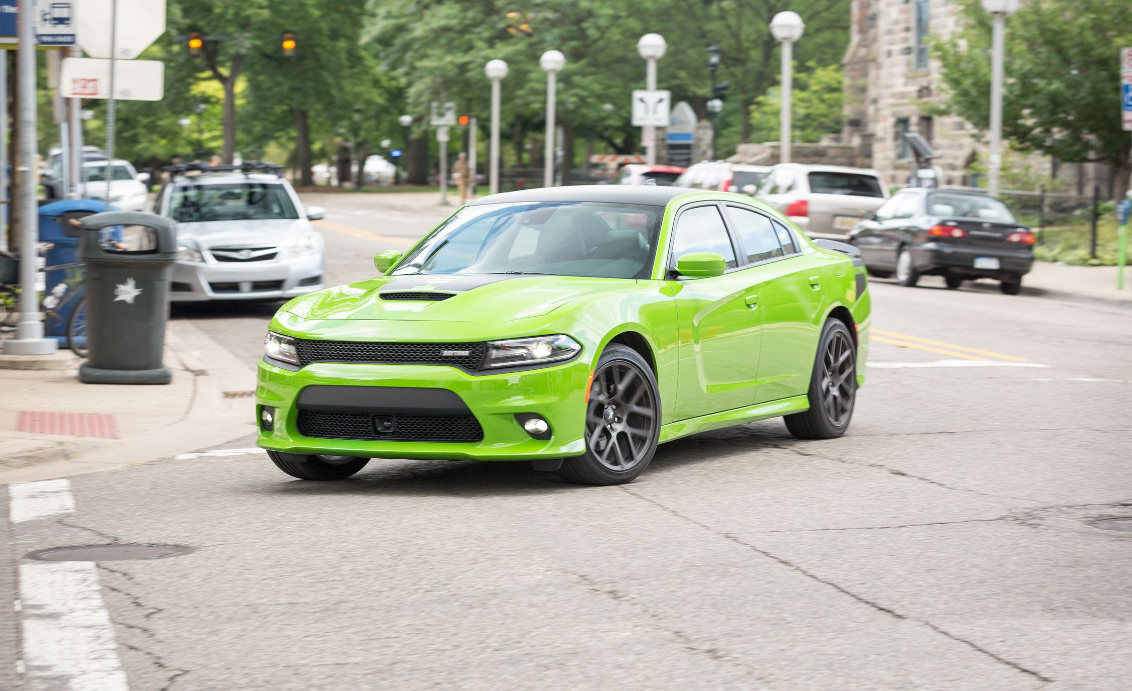 Daytona Charger 2017 Black >> 2017 Dodge Charger Daytona 5 7l Test Review Car And Driver